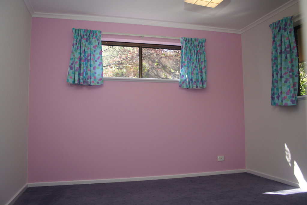 The girls room finished